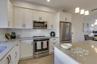 """Photo 2: 72 1188 MAIN Street in Squamish: Downtown SQ Townhouse for sale in """"Soleil"""" : MLS®# R2381571"""