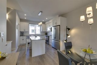 """Photo 5: 72 1188 MAIN Street in Squamish: Downtown SQ Townhouse for sale in """"Soleil"""" : MLS®# R2381571"""