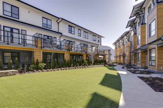 """Photo 19: 72 1188 MAIN Street in Squamish: Downtown SQ Townhouse for sale in """"Soleil"""" : MLS®# R2381571"""