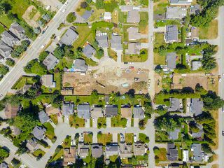 Photo 12: 15632 BOWLER Place in Surrey: King George Corridor Land for sale (South Surrey White Rock)  : MLS®# R2384973
