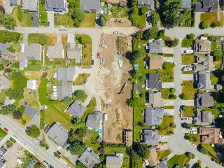 Photo 13: 15632 BOWLER Place in Surrey: King George Corridor Land for sale (South Surrey White Rock)  : MLS®# R2384973