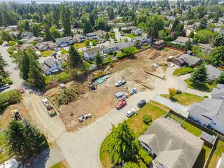 Photo 8: 15632 BOWLER Place in Surrey: King George Corridor Land for sale (South Surrey White Rock)  : MLS®# R2384973