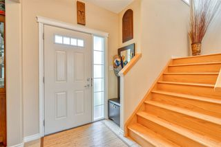 Photo 2: 7121 SOUTH TERWILLEGAR Drive in Edmonton: Zone 14 House for sale : MLS®# E4164470