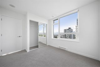 Photo 15: 2702 5665 BOUNDARY Road in Vancouver: Collingwood VE Condo for sale (Vancouver East)  : MLS®# R2401743