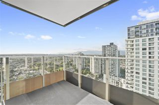 Photo 16: 2702 5665 BOUNDARY Road in Vancouver: Collingwood VE Condo for sale (Vancouver East)  : MLS®# R2401743