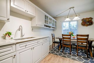 """Photo 3: 68 14123 104 Avenue in Surrey: Whalley Townhouse for sale in """"Hawthorne Park"""" (North Surrey)  : MLS®# R2432033"""