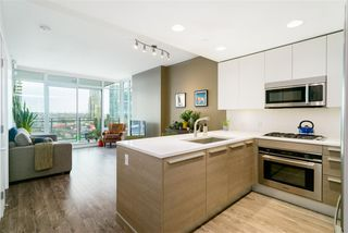 """Photo 1: 801 2008 ROSSER Avenue in Burnaby: Brentwood Park Condo for sale in """"Solo District- Stratus"""" (Burnaby North)  : MLS®# R2447893"""