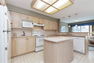 """Photo 6: 29 9168 FLEETWOOD Way in Surrey: Fleetwood Tynehead Townhouse for sale in """"THE FOUNTAINS"""" : MLS®# R2454853"""