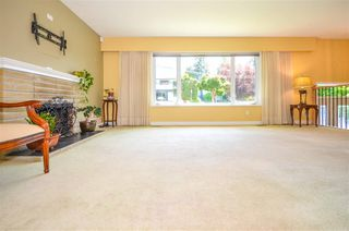 Photo 4: 1579 ELINOR CRESCENT in Port Coquitlam: Mary Hill House for sale : MLS®# R2456404
