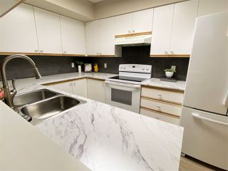 """Photo 15: 101 9830 WHALLEY Boulevard in Surrey: Whalley Condo for sale in """"KING GEORGE PARK TOWER"""" (North Surrey)  : MLS®# R2476975"""