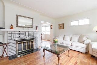 Photo 5: 613 Marifield Ave in Victoria: Vi James Bay House for sale : MLS®# 838007