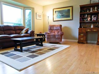 Photo 4: 1255 MALAHAT DRIVE in COURTENAY: Z2 Courtenay East House for sale (Zone 2 - Comox Valley)  : MLS®# 567387