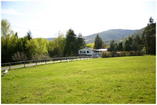 Photo 2: 4681 Northwest 50 Street in Salmon Arm: NW Salmon Arm House for sale (Shuswap/Revelstoke)  : MLS®# 10064404