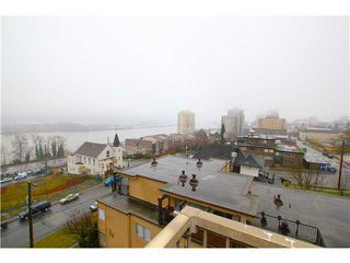 "Photo 6: 704 209 CARNARVON Street in New Westminster: Downtown NW Condo for sale in ""ARGYLE HOUSE"" : MLS®# V1037104"