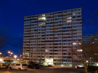 "Photo 2: 1614 6631 MINORU Boulevard in Richmond: Brighouse Condo for sale in ""Regency Park Towers"" : MLS®# V1046882"