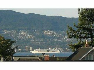 "Photo 1: 408 3161 W 4TH Avenue in Vancouver: Kitsilano Condo for sale in ""BRIDGEWATER"" (Vancouver West)  : MLS®# V1053180"