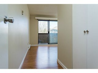 "Photo 9: 303 340 GINGER Drive in New Westminster: Fraserview NW Condo for sale in ""FRASER MEWS"" : MLS®# V1057006"