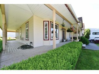 Photo 3: 2782 INTERPROVINCIAL Highway in Abbotsford: Sumas Prairie House for sale : MLS®# F1413878