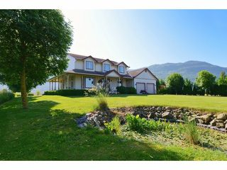 Photo 2: 2782 INTERPROVINCIAL Highway in Abbotsford: Sumas Prairie House for sale : MLS®# F1413878
