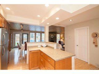 Photo 4: 141 Rossmere Crescent in WINNIPEG: East Kildonan Residential for sale (North East Winnipeg)  : MLS®# 1426019