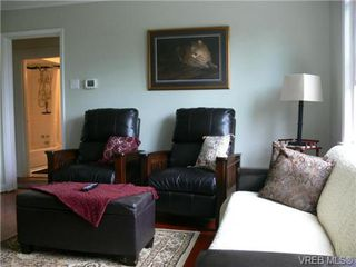 Photo 4: 615 Kent Rd in VICTORIA: SW Tillicum Single Family Detached for sale (Saanich West)  : MLS®# 686398