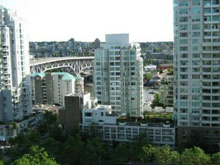 """Main Photo: 1401 888 PACIFIC Street in Vancouver: Yaletown Condo for sale in """"PACIFIC PROMENADE"""" (Vancouver West)  : MLS®# V1100502"""