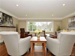 Photo 4: 3524 Henderson Road in VICTORIA: OB Henderson Single Family Detached for sale (Oak Bay)  : MLS®# 347044