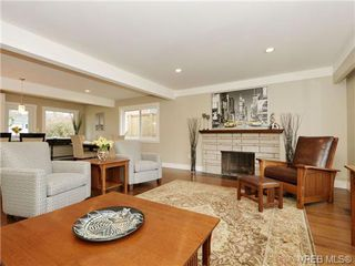 Photo 2: 3524 Henderson Road in VICTORIA: OB Henderson Single Family Detached for sale (Oak Bay)  : MLS®# 347044