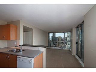 "Photo 2: 2201 1295 RICHARDS Street in Vancouver: Downtown VW Condo for sale in ""The Oscar"" (Vancouver West)  : MLS®# V1108690"