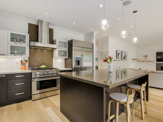 """Photo 3: 3519 W 49TH Avenue in Vancouver: Southlands House for sale in """"Southlands"""" (Vancouver West)  : MLS®# V1114514"""