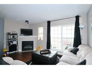 "Photo 3: 10 11355 236TH Street in Maple Ridge: Cottonwood MR Townhouse for sale in ""ROBERTSON RIDGE"" : MLS®# V1118145"