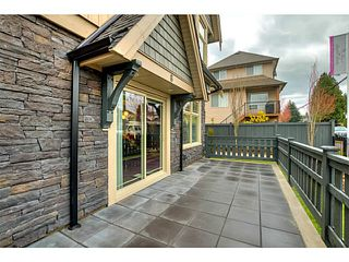 "Photo 3: 25 19095 MITCHELL Road in Pitt Meadows: Central Meadows Townhouse for sale in ""BROGDEN BROWN"" : MLS®# V1122105"
