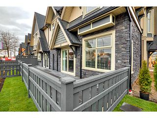 "Photo 2: 25 19095 MITCHELL Road in Pitt Meadows: Central Meadows Townhouse for sale in ""BROGDEN BROWN"" : MLS®# V1122105"