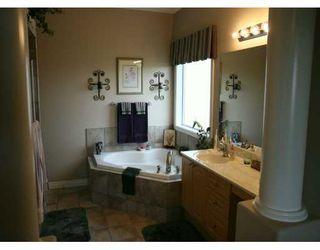 Photo 6: : Chestermere Residential Detached Single Family for sale : MLS®# C3232383