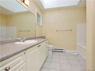 Photo 13: 3864 Cadboro Bay Rd in VICTORIA: SE Cadboro Bay Row/Townhouse for sale (Saanich East)  : MLS®# 707315