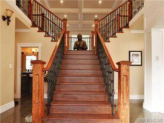 Photo 4: 804 Alvarado Terr in VICTORIA: SE Cordova Bay House for sale (Saanich East)  : MLS®# 722760