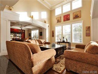 Photo 2: 804 Alvarado Terr in VICTORIA: SE Cordova Bay Single Family Detached for sale (Saanich East)  : MLS®# 722760