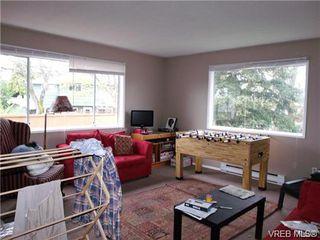 Photo 3: 2948 Cedar Hill Rd in VICTORIA: Vi Oaklands Single Family Detached for sale (Victoria)  : MLS®# 723698