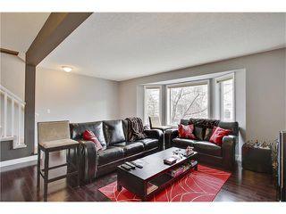 Photo 3: 485 REGAL Park NE in Calgary: Renfrew House for sale : MLS®# C4054318