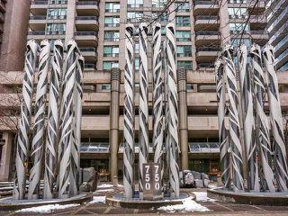 Photo 12: 1701 750 Bay Street in Toronto: Bay Street Corridor Condo for sale (Toronto C01)  : MLS®# C3458736