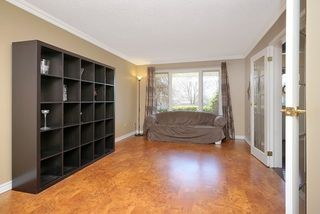 Photo 6: 93 Chipperfield Crest in Whitby: Pringle Creek House (2-Storey) for sale : MLS®# E3492544