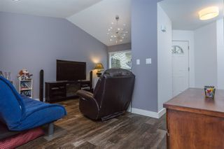 "Photo 2: 17 23151 HANEY Bypass in Maple Ridge: East Central Townhouse for sale in ""STONEHOUSE ESTATES"" : MLS®# R2072291"