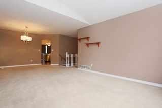 Photo 3: 23712 DEWDNEY TRUNK Road in Maple Ridge: Cottonwood MR House for sale : MLS®# R2081362