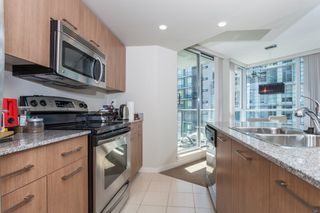 "Photo 8: 605 1212 HOWE Street in Vancouver: Downtown VW Condo for sale in ""1212 Howe"" (Vancouver West)  : MLS®# R2091992"
