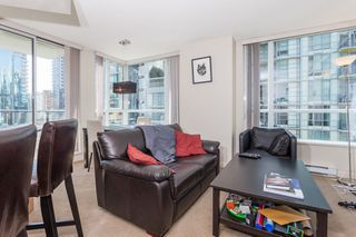 "Photo 5: 605 1212 HOWE Street in Vancouver: Downtown VW Condo for sale in ""1212 Howe"" (Vancouver West)  : MLS®# R2091992"