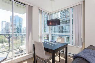 "Photo 7: 605 1212 HOWE Street in Vancouver: Downtown VW Condo for sale in ""1212 Howe"" (Vancouver West)  : MLS®# R2091992"
