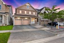 Photo 1: 71 Bambridge Street in Ajax: Central East House (2-Storey) for sale : MLS®# E3572992