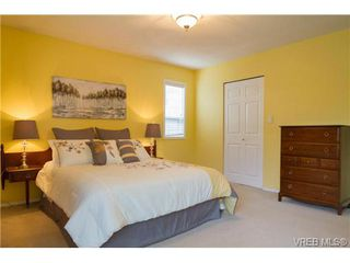 Photo 13: 2441 Costa Vista Pl in VICTORIA: CS Tanner Single Family Detached for sale (Central Saanich)  : MLS®# 739744