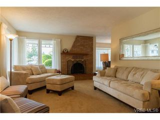 Photo 3: 2441 Costa Vista Pl in VICTORIA: CS Tanner Single Family Detached for sale (Central Saanich)  : MLS®# 739744