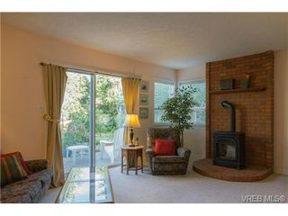 Photo 11: 2441 Costa Vista Pl in VICTORIA: CS Tanner Single Family Detached for sale (Central Saanich)  : MLS®# 739744